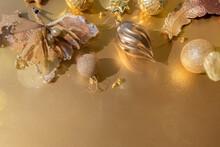 Luxurious Gold Christmas Flat ...