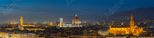 Cuadros en Lienzo Panorama view of Florence skyline in Tuscany, Italy