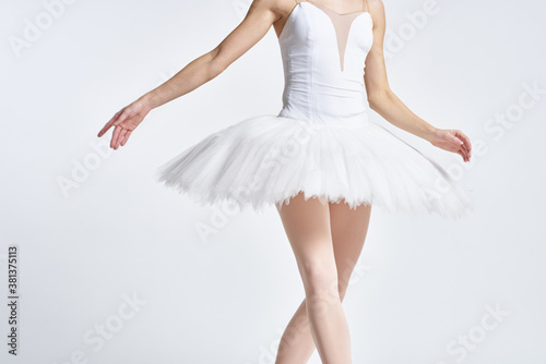 Tableau sur Toile ballerina white tutu dance exercise performance light background