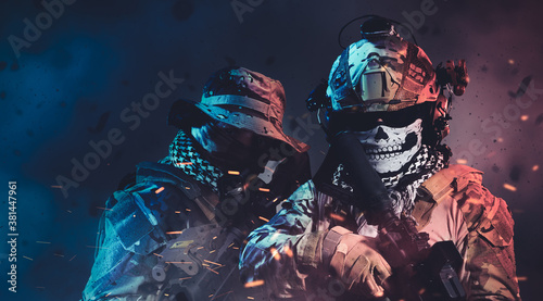 special forces soldier wearing ghost mask Canvas