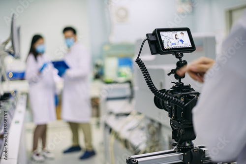 Fotografia Behind the shooting production of video camera equipment which recording or shooting tv commercial production