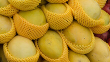 Delicious Fresh Ripe Yellow Ma...