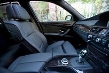 自動車の内装