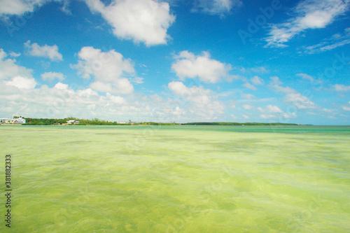 Valokuvatapetti 空と海