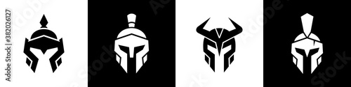 Obraz na plátne Medieval warrior logo set, spartan armor illustration, chinese and viking helmet