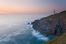 A Peaceful Dusk On Cornwall's ...