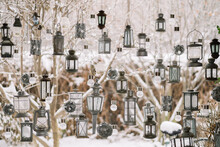 Christmas Decorations Hanging ...