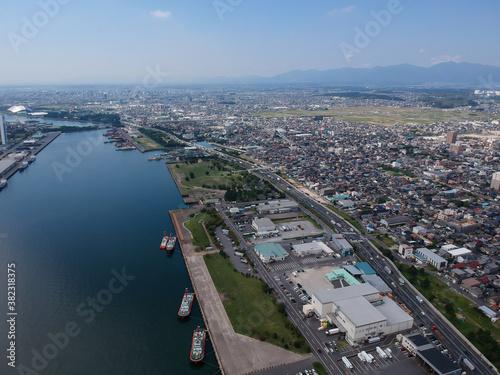 Obraz 航空撮影した四日市港の風景 - fototapety do salonu