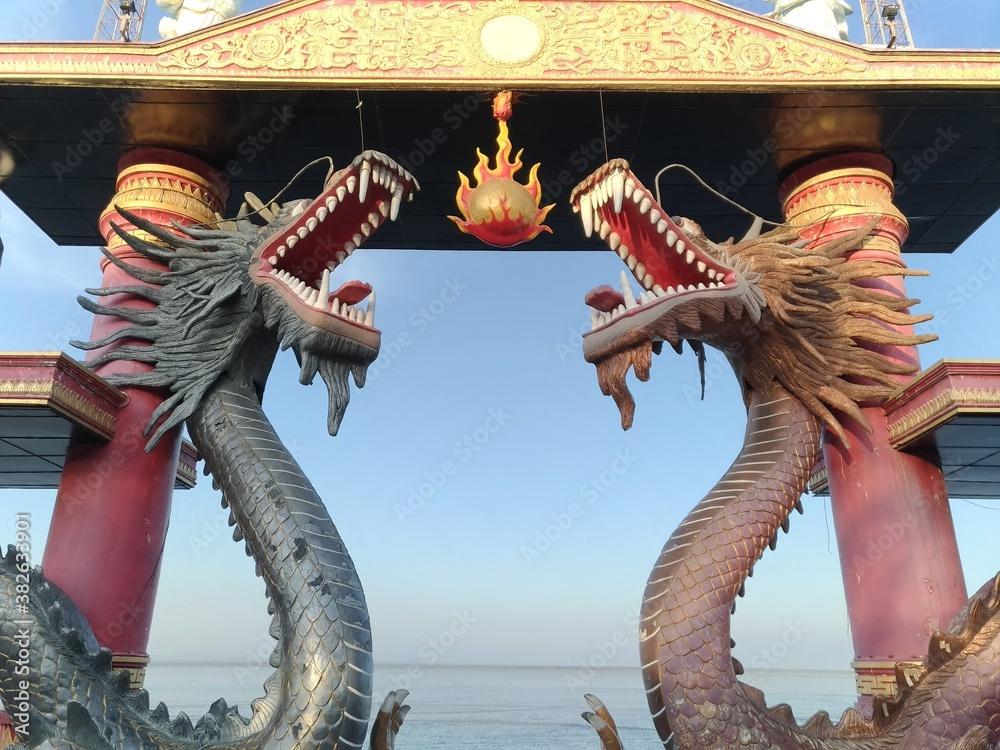Fototapeta chinese dragon statue
