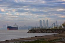 Ship On The River, Rosario Arg...