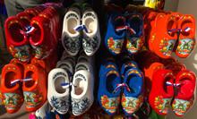 Dutch Heritage Wooden Shoes, D...