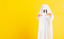Funny Halloween Kid Concept, C...