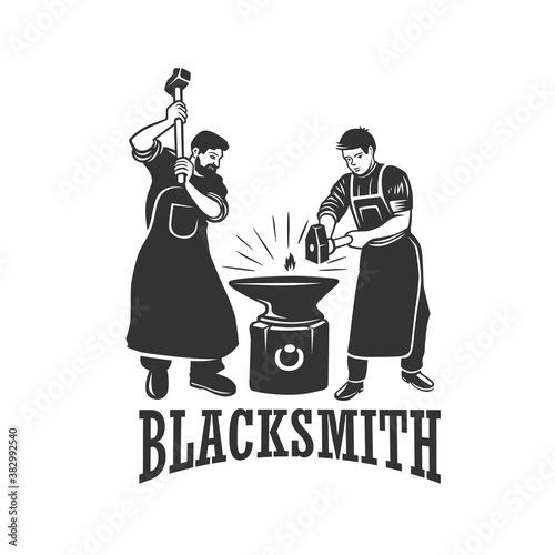 Foto Vintage blacksmith labels and design elements.