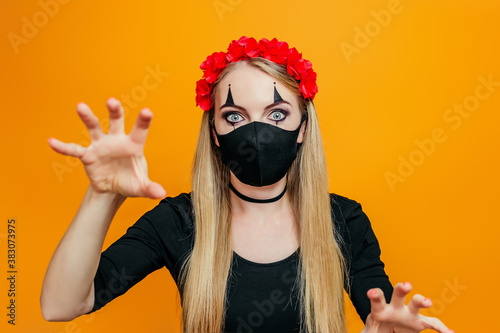 Valokuvatapetti Halloween girl