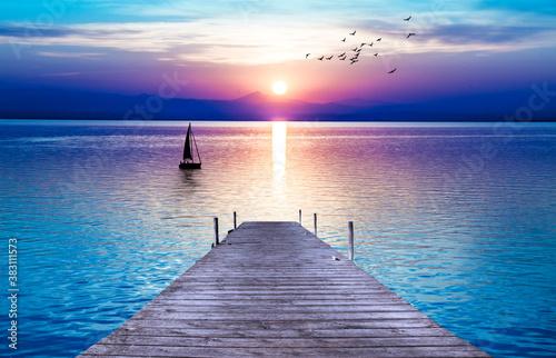 Photo bonito amanecer en el mar en calma