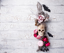 Halloween Creative Decor With ...