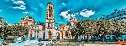 Cuadros en Lienzo PARIS, FRANCE - JULY 06, 2016 : Saint-Germain l'Auxerrois Church  is situated near Louvre