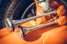 Vintage Car Double Horn
