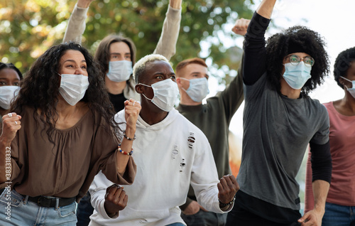 Cuadros en Lienzo Young people demanding to stop lockdown, suffering from finacial troubles