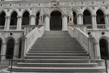 Venezia Panorama Piazza San Marco, Ponte Dei Sospiri Basilica Di San Marco Gondolescala D'oro Palazzo Ducale Leone Di San Marco, Cavalli Di San Marcoorologi Campana Canal Grande