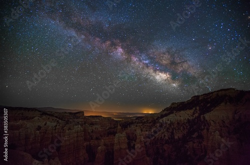 fairyland-canyon- galaxy night stars clouds moonlight  background Fotobehang