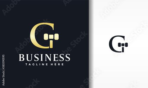 letter G court hammer logo