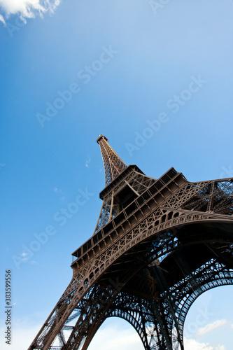 Fototapeta Close-Up view looking up at the Eiffel Tower in Paris, France obraz na płótnie