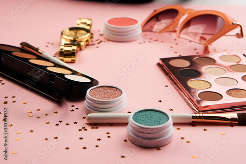 eyeshadow accessories beads makeup brushes collection professional cosmetics on Fototapet