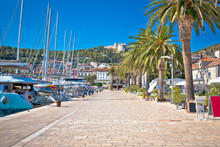 Hvar Yachting Waterfront Harbo...