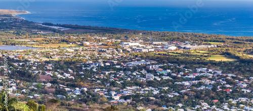 Obraz Vue de la ville de L'Etang-Salé-les-Hauts, île de la Réunion  - fototapety do salonu