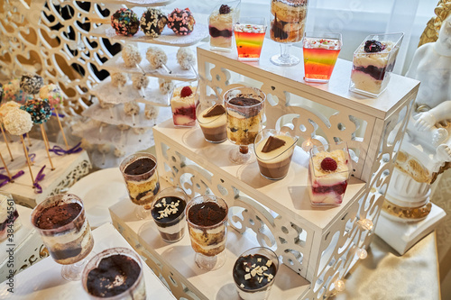 Photo Sweets for a buffet, desserts for a banquet table, a meal event, confectionery