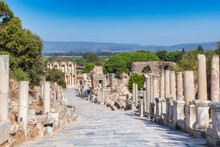 Marble Road To Celsus Library ...
