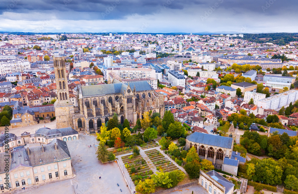 Fototapeta Aerial view of Saint-Etienne Cathedral in Limoges, France