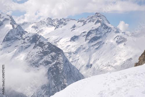 berge wolken #384774171