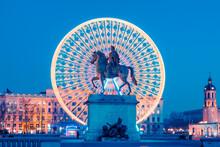 Place Bellecour, Famous Statue...