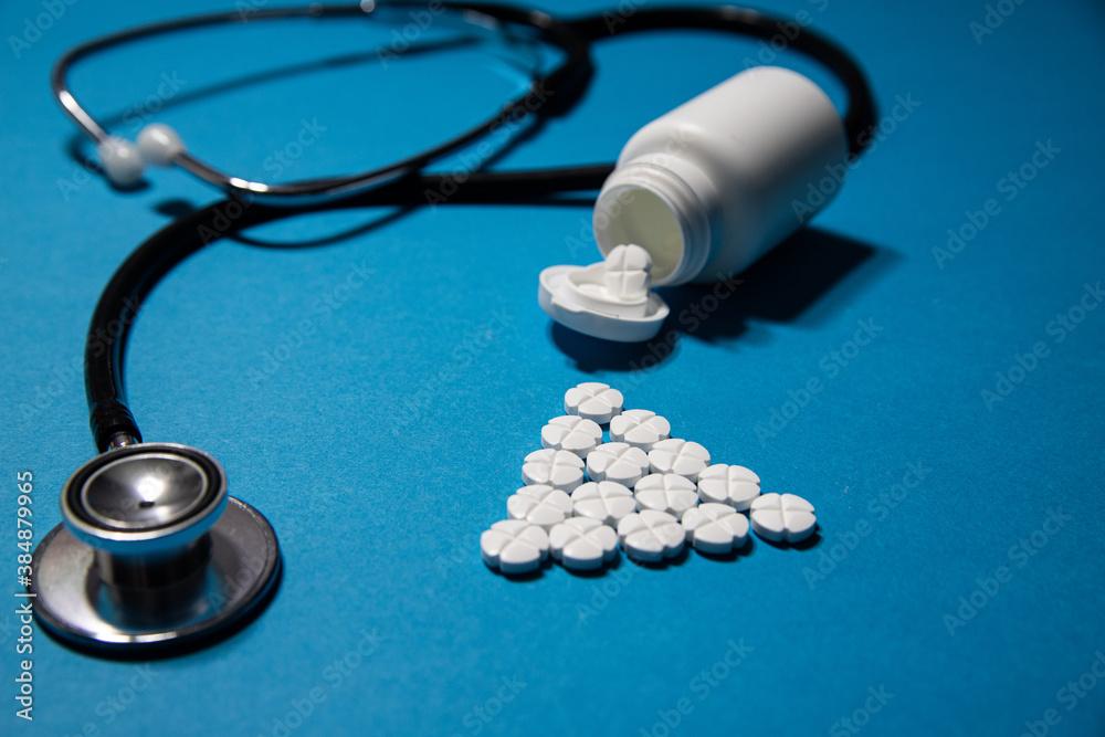 nieszkodliwe leki do montażu