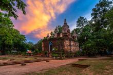 Wat Chet Yot, Seven Pagoda Tem...
