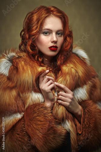Fototapeta lady in fox fur coat