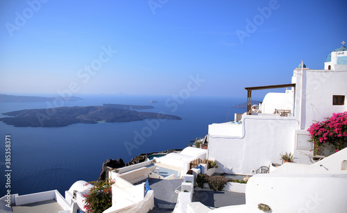 Fototapeta pueblos blancos de las islas ciclades de Grecia, a orillas del mar Mediterraneo