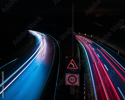 Fototapeta autoroute de nuit obraz