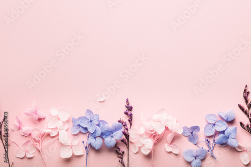 Photo Dried Real Flowers, Decorative Real Flowers as biodegradable confetti or decorat