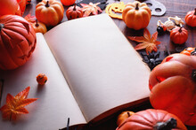 Happy Halloween Decoration Con...