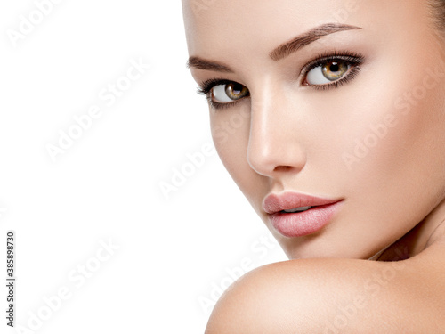 Beautiful face of young woman with perfect health fresh skin Canvas-taulu