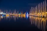 Fototapeta Londyn - Cisza z marinie jachtowej