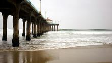 Manhattan Beach Pier With Colu...