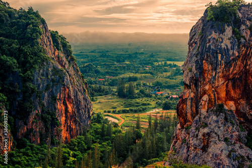 Fototapety przestrzenne  natural-background-high-angle-from-the-high-mountains-that-can-see-the-scenery-around-the
