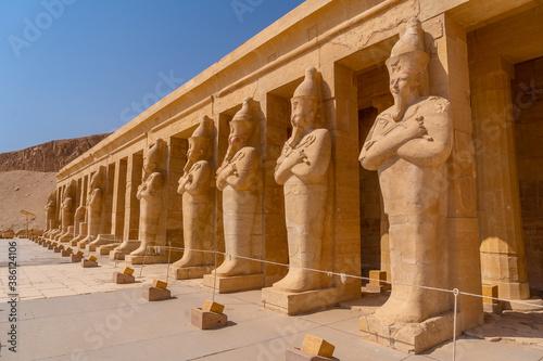 Sculptures of pharaohs entering the Funerary Temple of Hatshepsut in Luxor Wallpaper Mural