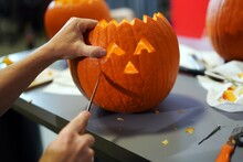 Making Halloween Pumpkin Head ...