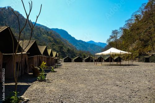 Cuadros en Lienzo hut stay in the mountains