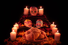 Mexican Day Of The Dead Altar ...